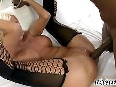 interracial mom fucking movies - Jordan Blue Gets Deep Dicked By Sean Michaels' Hard Cock!