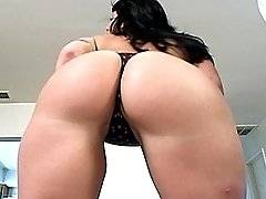interracial mom fucking movies - A round bottomed white MILF fucks an ebony stud muffin