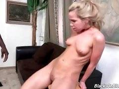interracial mom fucking movies - Petite white slutie gets her craving asshole stretched with black rod.